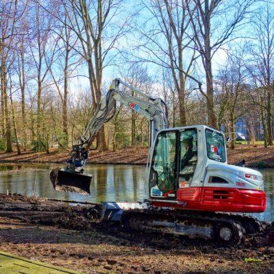 excavator-3186377_1280