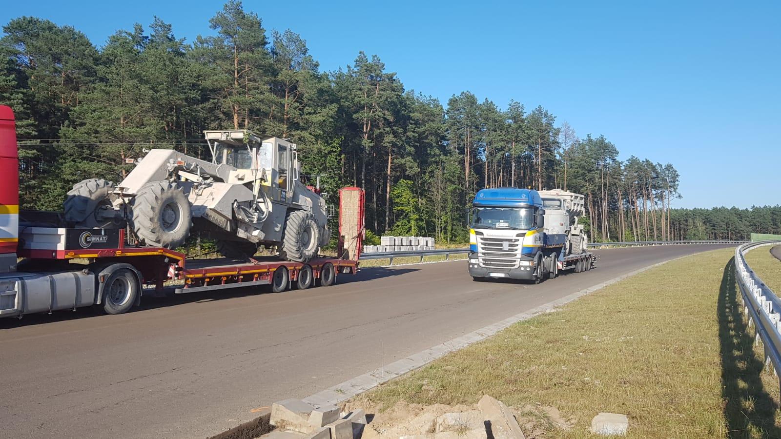 Transport niskopodwoziowy maszyn budowlanych dla Budimexu