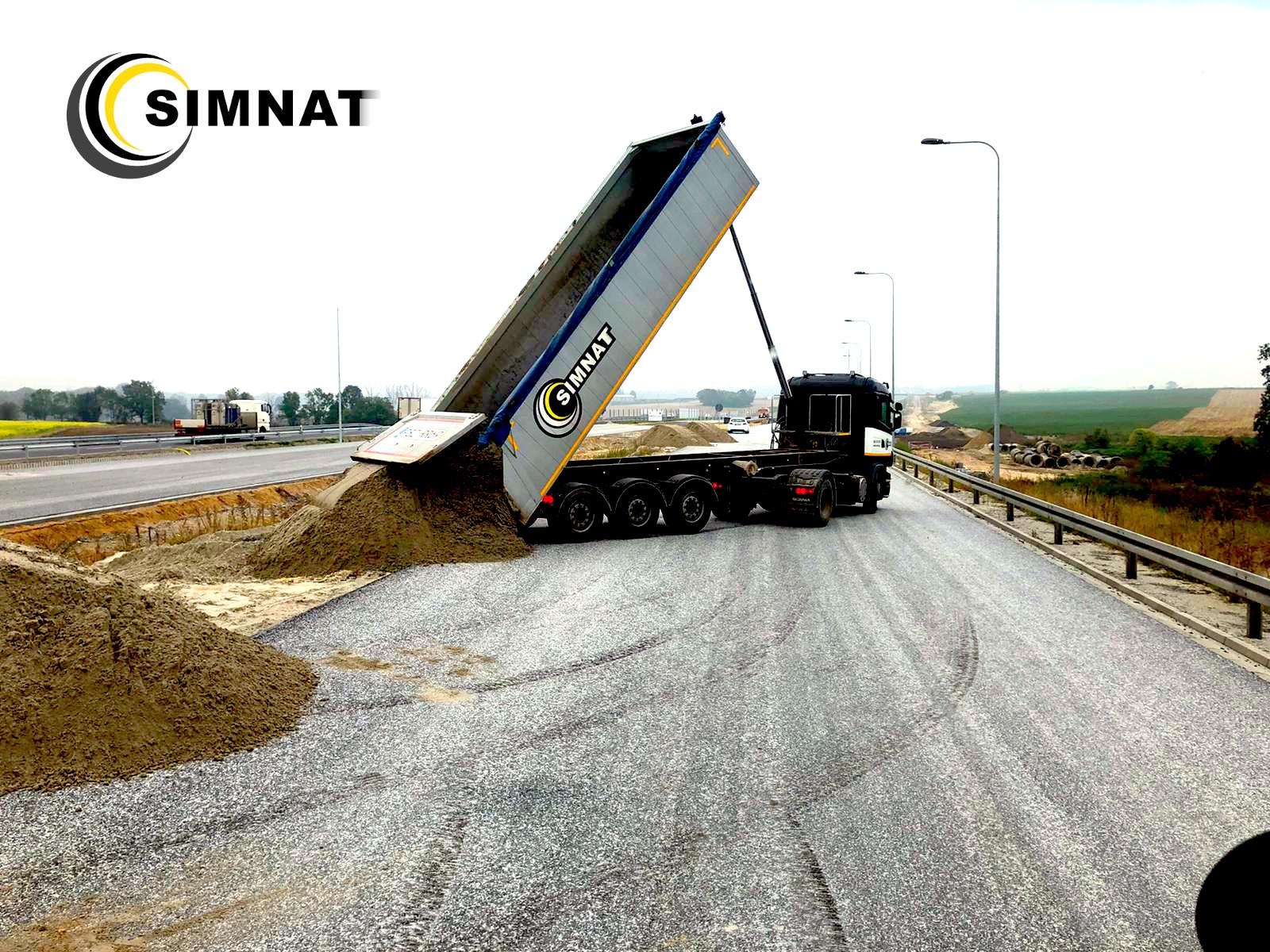 Roboty ziemne pod budowę dróg